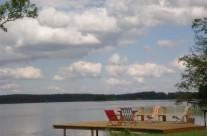 Посадка на берегу озера Бебрус